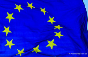 EU-Flage_Tim_Reckmann_pixelio_de_Credit-750x350