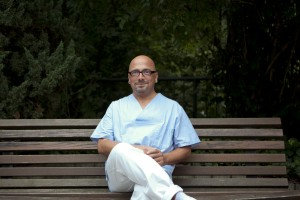 Altenpfleger Manny Müller (Foto:BZgA)